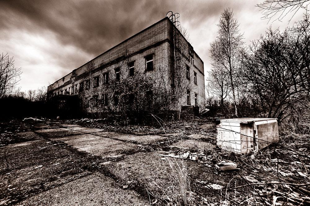 Milovice Ruins 2